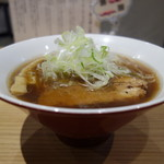 初代葱寅 - 醤油らぁ麺850円