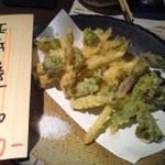 12085691 - 季節の野菜てんぷら800円