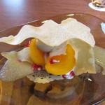 レクスキ フレンチetワイン - 奈良の柿のミルフィーユ  お茶のアイスクリーム