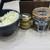本格派博多うどん はし田たい吉 - 料理写真:店内:卓上の調味料、揚げ玉