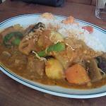 カラクタ食堂 - 豆と野菜(大辛) 700円