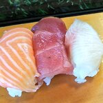 寿司玄 - 料理写真:サーモン、マグロ、ハマチ