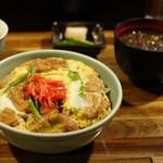おでん三吉 - 油麩丼