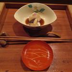 120884618 - 的鯛の昆布締め、白海老のたたき、焼き椎茸