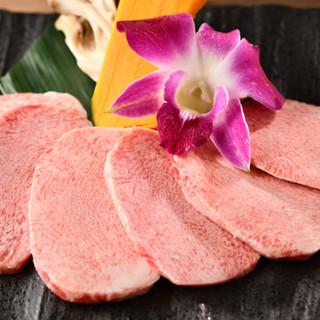 全てのお肉がA5ランク黒毛和牛。お手頃な価格も魅力のひとつ