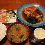 12091710 - 刺身と金目煮定食 2100円