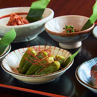 秋田の逸品を肴に、秋田純米酒をたっぷりとお愉しみください♪
