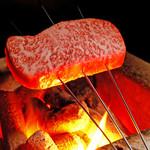 和蔵義 - 当店の肉料理は、近江牛を使用。全て最上級のA5ランクのみを厳選しております