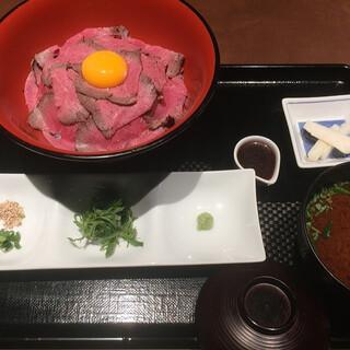 ハンバーグ&ステーキ 黒毛和牛 腰塚 サカエチカ店