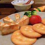 たべごとや 艸 - カマンベールチーズのもろみ漬け リッ パーティーしましょ