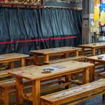 明神丸 - 2019.11 店舗前のテーブル席