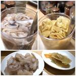 天麩羅処ひらお - カウンターには、こちらの名物「烏賊の塩辛」と「お惣菜」が置かれています。 烏賊の塩辛目当てですので、最初から多めに頂きました。(^^;)