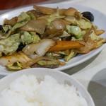 華苑 - 料理写真:野菜炒め定食:900円/2019年12月