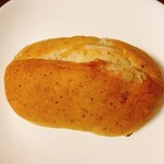 パン・アイス・惣菜 できたて館 - 紅茶バターパン
