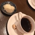 横濱屋 - デザートとコーヒー