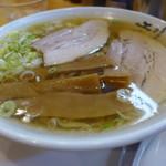 手打ち中華蕎麦 麺屋 工藤 - 料理写真:「ラーメン」(650円)