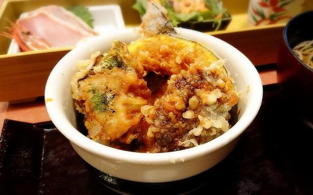華屋与兵衛 三鷹つつじヶ丘店の料理の写真