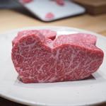 肉割烹 上 - 見せ肉