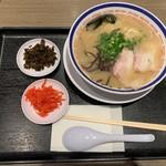 Tanakashouten - らーめん…税込850円