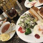 珈琲貴族エジンバラ - トーストセット、紅茶