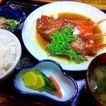 笑の家 - 稲取金目鯛の煮付け定食