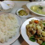 萬里 - 昼の定食 鳥肉角切り炒め\650