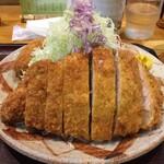 とんかつ竹亭 - 料理写真:とんかつ定食(900円)+小メンチ(サービス)