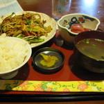 しましん - ふ~ちゃんぷる~定食680円