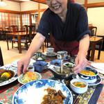 民家レストラン伊萬里亭 - 名物女将が作る自家製豆腐が人気