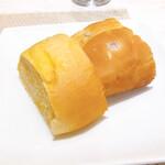 120991291 - ランチセット パン 赤玉ねぎのフォカッチャ&かぼちゃのパン