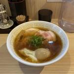 120995001 - 特製醤油らぁ麺(1,150円)