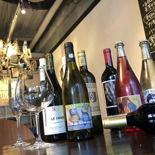 自然派ワインを60種類以上ご用意☆
