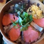 やまき - 鮭わっぱ飯