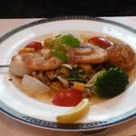 レストラン テルミニ - ホタテと海老の串焼き