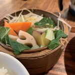 農家厨房 - 野菜のセイロ蒸し