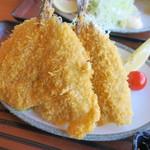 魚屋の磯料理 まるとし - 黄金アジフライ