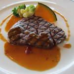 12102118 - (≧∪≦●)ノ春フレンチランチコース 5198円:産牛フィレ肉の網焼き 温野菜添え ソース・ユサルド