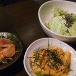 鉄板屋 KIYO - あぶり明太子、塩昆布キャベツ、長芋キムチ