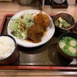 佐海たちばな - 名物コロッケ定食(2ヶ盛)