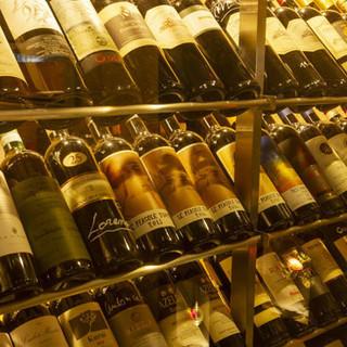 種類豊富なワインコレクション◆お料理に合わせてご堪能ください