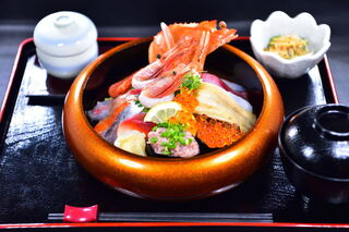 寿司ダイニングAYAMACHI - 料理写真