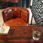 Dining House とし - 内観写真:純喫茶