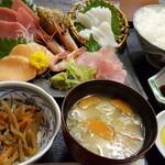 小鹿屋 - 刺身定食1,350(+税)