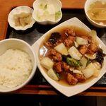 燕京飯店 - 酢豚定食 1200円