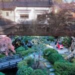 121058480 - 2階から見た庭園(庭園はロの時の中にあります)