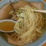 121070654 - 麺、スープアップ
