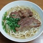 田舎 - 料理写真:ソーキそば 390円