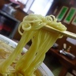 中華そば志のぶ支店 - 麺のアップ