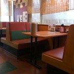 麺屋 夢創 - テーブル席