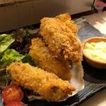 厚岸水産 かき小屋 - 牡蠣フライ